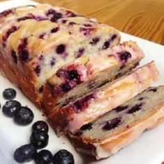 A soft, moist bread studded with blueberries and brightened with lemon, drizzled with a sweet lemon glaze (chocolate ganache frosting greek yogurt) Brownie Desserts, Oreo Dessert, Mini Desserts, Coconut Dessert, Chocolate Ganache Frosting, Cake Chocolate, Gluten Free Desserts, Delicious Desserts, Pumpkin Cheesecake