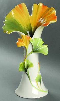 Franz Collection, Spa Collection at Replacements, - San Valentino Idee Pottery Vase, Ceramic Pottery, Ceramic Art, Porcelain Jewelry, Porcelain Vase, Fine Porcelain, Deco Table Noel, Décor Antique, Clay Vase