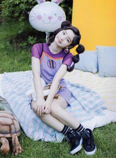 Dahyun-Twice Twicetagram Monograph J Pop, Snsd, South Korean Girls, Korean Girl Groups, Rapper, Exo Red Velvet, U Go Girl, Twice Album, Warner Music