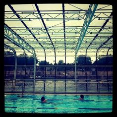 1000 images about piscines parisiennes on pinterest for Piscine josephine baker