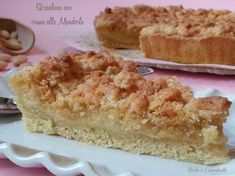 La sbrisolona con crema alle mandorle : una base di pasta frolla dal ripieno delicato e cremoso al sapore di mandorle!