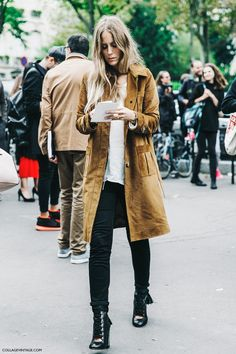 camel trench + Chloe boots