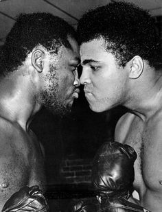 Muhammad Ali con Joe Frazier. (Diario AS)