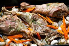 Pot Roast, Turkey, Chicken, Ethnic Recipes, Food, Carne Asada, Roast Beef, Turkey Country, Essen