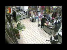 Rapina a Catania, due poliziotti travestiti da clienti e li arrestano - Guardalo