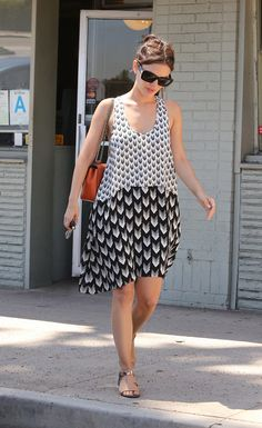 Rachel Bilson is effortless in a sundress and sandals