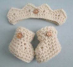 I have officially decreed that all babies are royal. Now you can have proof with this adorable little crown and bootie set.  This sweet little crown can be made for your little Princess or Prince in your choice of color. It is sized to fit at the top of the forehead just like a little crown. Makes a wonderful way to announce you are pregnant with a little prince or princess to your family. ~~~~~~~~~~~~~~~~~~~~~~~~~~~~~~~~~~~~~~~~~~~~~~~~~~~~~~~~~~~~~~~~~~~~~~~~~~~~~~ Booties in a Box® with…