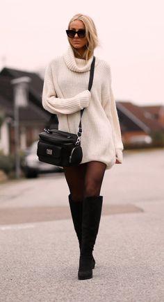 Sendi Skopljak is wearing an oversized white sweater