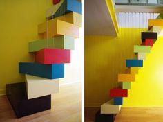 Un escalier à pas japonais égaye un duplex parisien, Agence Idea - Laila Nady et Thomas Huchet