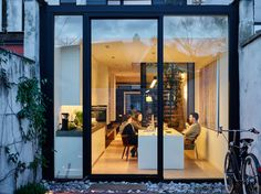 house JOPI I renovation town house - Ghent House Extension Design, House Design, Narrow House, Micro House, House Extensions, Patio Doors, Architect Design, Interior Architecture, Townhouse