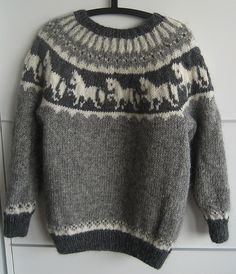 Ravelry: Pferdepullover 5502 pattern by Islandwolle Fair Isle Knitting Patterns, Knitting Charts, Knitting Designs, Baby Knitting, Icelandic Sweaters, Horse Pattern, Quick Knits, Knit Or Crochet, Pulls
