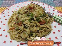 Un primo gustoso? tagliatelle asparagi e gamberetti ..  http://www.ricettegustose.it/primi-pesce/tagliatelle-farro-asparagi-gamberetti.php