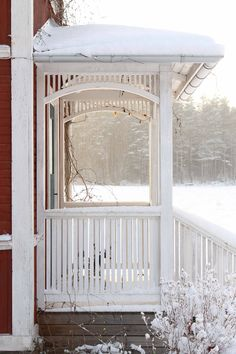 Photo by Erika Åberg Swedish Cottage, Swedish House, Porches, Cottage Porch, Cozy Cottage, Exterior Trim, Exterior Design, Red Barns, Scandinavian Home