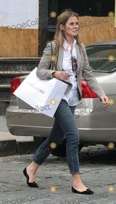 NYC  06/10/06  EXCLUSIVE: Aerin Lauder and family shopping in SOHO  Digital Photo by Adam Nemser-PHOTOlink.net