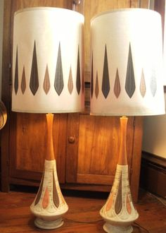 danish modern lamps - now I know what my lamp is - this in orange and green though.