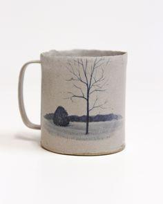 Pottery Mugs, Ceramic Pottery, Ceramic Art, Best Coffee Mugs, Home Goods Decor, Ceramic Houses, Ceramic Tableware, Contemporary Ceramics, Pottery Painting