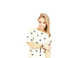 Love at first site. First Site, Healthy Nutrition, Tops, Women, Fashion, Moda, Fashion Styles, Healthy Food, Fashion Illustrations
