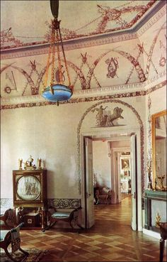 The Bedroom, one of the daintiest apartments in the private suite of the Empress Maria Feodorovna, was decorated in 1805 from the sketches of Andrey Voronikhin.