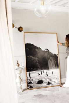 Kara Rosenlund - How to Style My Extra Large Prints - How to Style My New Extra Large Prints – Kara Rosenlund You are in the right place for di surgic - Frames On Wall, Framed Wall Art, Large Poster Frames, Framed Prints, Large Frames, Poster Prints, Posters, Art Pour Salon, Kara Rosenlund