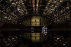 150,000 Gallons of Water Transform a Room Into a Reflective Lake - My Modern Met