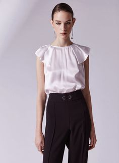 Sleeveless silk top with flounce - T-Shirts & Tops | Adolfo Dominguez shop online