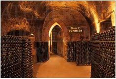 Caves de la maison Pommery, en Champagne