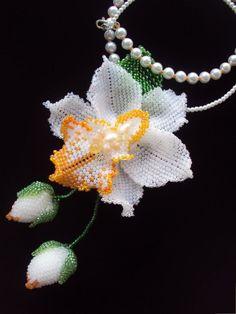 Белая орхидея. | biser.info - всё о бисере и бисерном творчестве