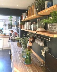 30 Fun and Fresh Decor Ideas to Make Your Kitchen Wall Looks Amazing - Design della cucina Home Kitchens, Rustic Kitchen, Dining Room Design, Kitchen Design, Fresh Decor, Kitchen Dining Room, Farmhouse Style Dining Room, Home Decor Kitchen, Kitchen Interior