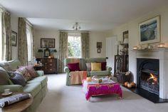 Vila victoriana Home Decor, Victorian, Decoration Home, Room Decor, Home Interior Design, Home Decoration, Interior Design