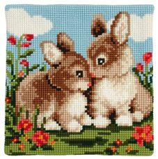 c Mini Cross Stitch, Beaded Cross Stitch, Cross Stitch Animals, Cross Stitch Kits, Cross Stitch Designs, Cross Stitch Embroidery, Cross Stitch Pattern Maker, Cross Stitch Patterns, Needlepoint Pillows