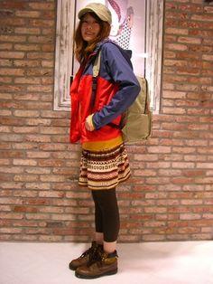 山ガールと言えばマウンテンパーカー! パーカーを目立たせるために、他はほっこりカラーでまとめています。 Mori Fashion, Womens Fashion, Hiking Dress, Forest Girl, Japan Trip, Outdoor Fashion, Outdoor Wear, Mori Girl, Sport Wear