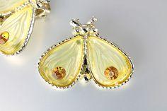 Vintage Rhinestone thermoset Bee bug Earrings - 1950s jewelry