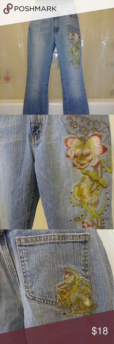 Womens ANA Boot Cut Jeans Cotton Stretch sz 6 Flar Women's Ana jeans new without tags. Boot cut style with mid rise waist. Argentina wash denim color with beautiful floral embellishment.  Size 6 99% cotton, 1% spandex RN# 95254  Offers welcome! Gift wrapping available. Expedited shipping available. a.n.a Jeans Boot Cut