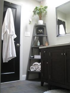 Before & After: A Bathroom Overhaul