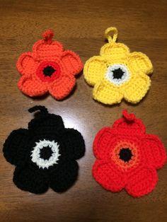 今日は、北欧風エコたわしを編みました!  エコたわしは食器洗いやお掃除に使えますが、 … Knitted Flowers, Marimekko, Handicraft, Knit Crochet, Diy And Crafts, Crochet Earrings, Crochet Patterns, Knitting, Handmade