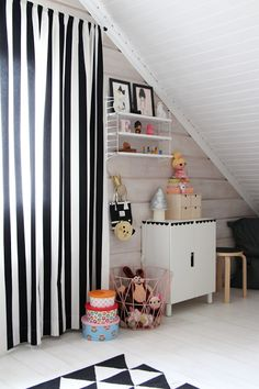 kids room childrensroom scandinavian home ikea plywood ferm living black and white string system Scandi Bedroom, Kids Bedroom, String Shelf, Toddler Rooms, Kids Rooms, Superhero Room, Scandinavian Home, Baby Room Decor, Kid Spaces