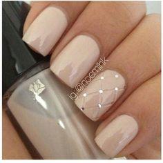Luxe! Pintuck nail art