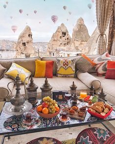 Learn how to make thousands of dollars per week online using social media platforms with our ever growing online courses 😍💸FRENCH AND ENGLISH OPPORTUNITY. Click the link for more info Beautiful Places To Travel, Romantic Travel, Capadocia, Cappadocia Turkey, Istanbul Turkey, Holiday Places, Turkey Travel, Luxury Travel, Vacation Spots
