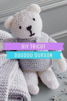 Knitted Teddy Bear, Crochet Teddy, Crochet Bear, Crochet Hats, Lace Knitting, Knitting Stitches, Christmas Crochet Blanket, Baby Comforter, Cute Teddy Bears