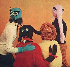 Bizarre masks that remind me some some freaky kid show Knitting Club, Vogue Knitting, Loom Knitting, Free Knitting, Bizarre, Illustration, Totems, Graphic, Art Inspo