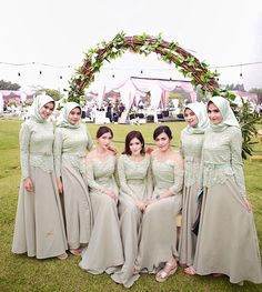 Inspired by – Hijab Fashion Kebaya Hijab, Kebaya Dress, Dress Pesta, Kebaya Muslim, Muslim Dress, Mint Bridesmaid Dresses, Bridesmaid Outfit, Wedding Bridesmaids, Hijab Dress Party