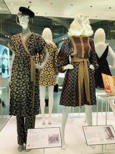 Mary Quant retrospective at the V&A Museum - Smudgetikka 60s And 70s Fashion, Pop Fashion, Retro Fashion, High Fashion, Vintage Fashion, Fashion Outfits, Mary Quant, V & A Museum, The V&a