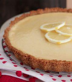 Una tarta con todos los atributos para ser preparada en un día de verano o una tarde cualquiera para satisfacer tu antojo.¡Fresca y deliciosa!