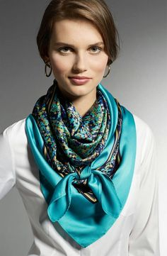 Super How To Wear Pashminas Shawl Silk Scarves Ideas Ways To Wear A Scarf, How To Wear Scarves, Tie Scarves, Scarfs Tying, Neck Scarves, Tying A Scarf, Scarf Knots, Scarf Styles, Womens Scarves