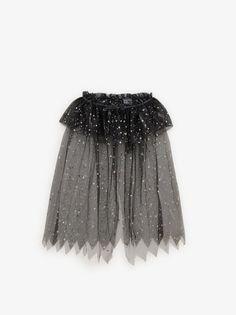 Zara Home Stores, Travel Capsule, Online Zara, Costume, Girls Accessories, Cape, Paisley, Witch, Jitter Glitter