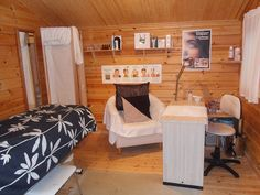 Treatment room and nail room shed conversion| home nail salon ideas | nail technician rooms