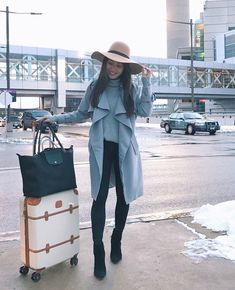 Boston airport comfortable travel outfit idea //  trench coat + leggings + ankle boots