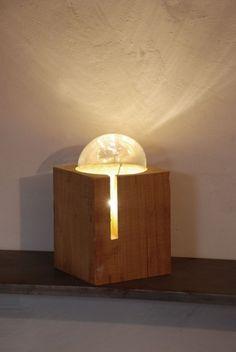 Marco Stefanelli, Bou! Lampada in legno di cedro e vetro soffiato