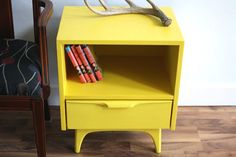 The Turquoise Iris ~ Vintage Modern Home: Mellow Yellow? I Don't Think So. Furniture Rehab, Yellow Side Table, Decor, Vintage Room, Furniture Makeover, Bedroom Makeover, Living Room Chaise, Furniture, Selling Furniture