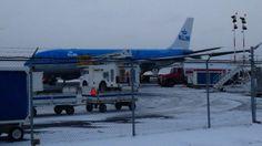 Birth of baby boy diverts plane to Yellowknife - North - CBC News